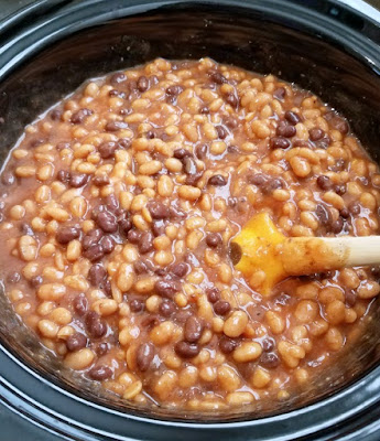 slow cooker full of thick bean mixture