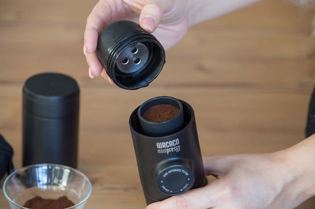 espressomaschine espressomaschine-kleinste ese-espressomaschine espresso-kaffeemaschine kaffee-outdoor espresso-luftpumpe espresso-unterwegs espressomaschine-camping espresso-