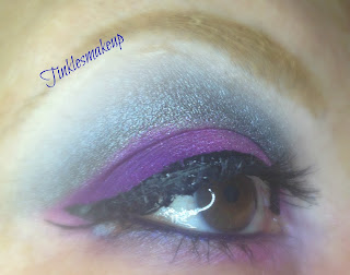 eye_makeup_look_charcoal_purple