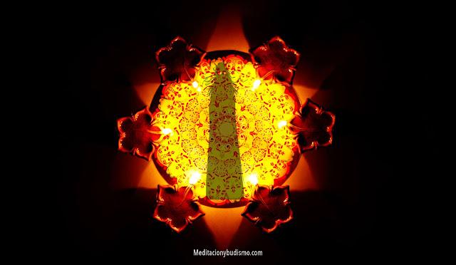 Leyenda Hindú: oculto en el ser humano algo divino