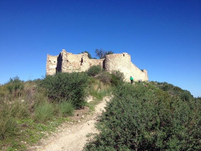 Sender d'accés sud al castell de Bairén