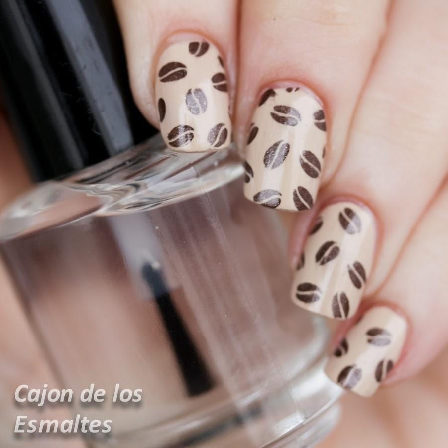 Nail art - Café con leche