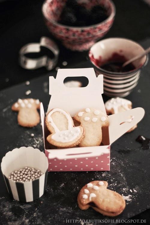 butiksofie pilz kekse mit brombeer marmelade ein waldpicknick und 3 gewinner. Black Bedroom Furniture Sets. Home Design Ideas