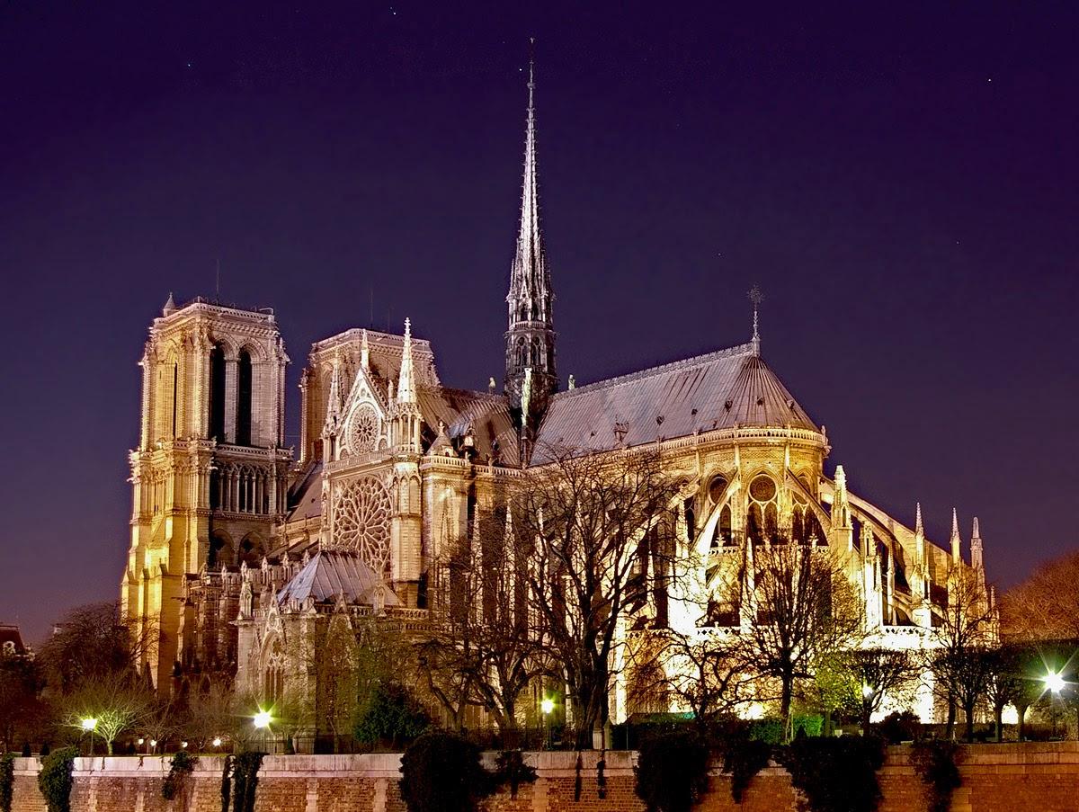 巴黎聖母院夜景