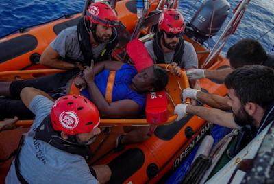 Ο Μαρκ Γκασόλ συμμετέχει σε επιχείριση διάσωσης προσφύγων στη Μεσόγειο