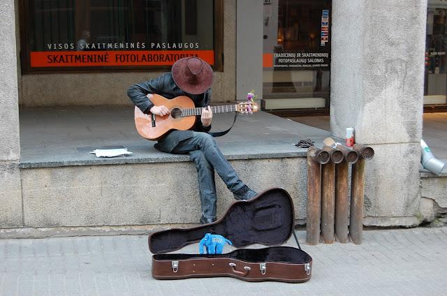 Street Performers/Buskers