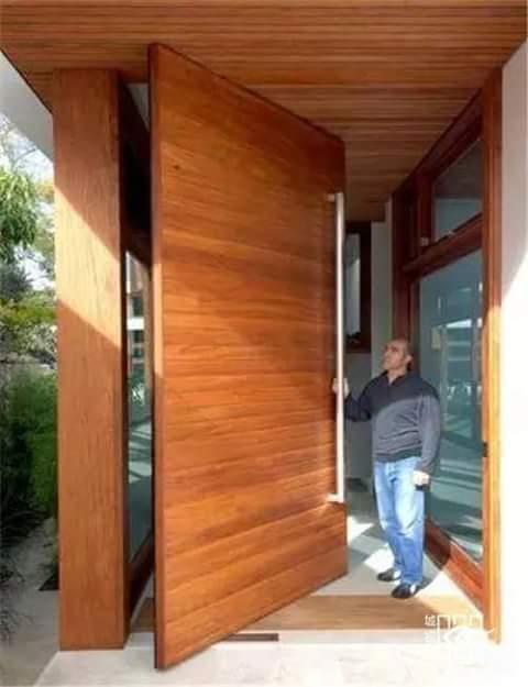 Puertas de madera para entradas de la casa for Modelos de puertas principales