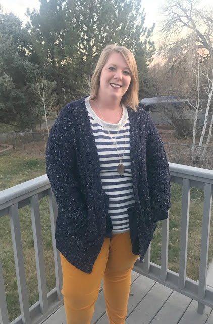 My First Stitch Fix - Plus Size Fashion, plus size styles, what is stitch fix, Stitch Fix, Plus Size Stitch Fix, Plus Size, Stitch Fix for plus size, sign up for stitch fix, trying Stitch Fix