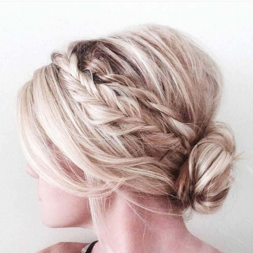 Trendige Hochsteckfrisuren Fur Mittellanges Haar Frisuren Trend 123