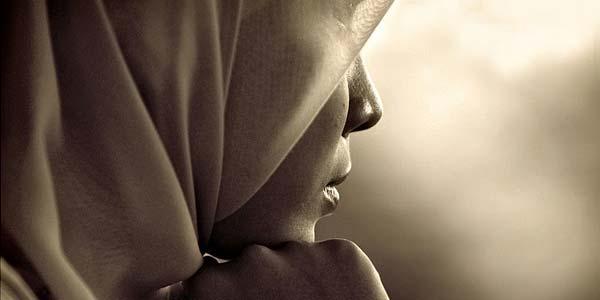 Nasehat Bagi Para Istri Agar Tidak Cemburu Berlebihan