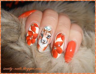 http://snaily-nails.blogspot.com/2016/11/flowerfox-lady.html