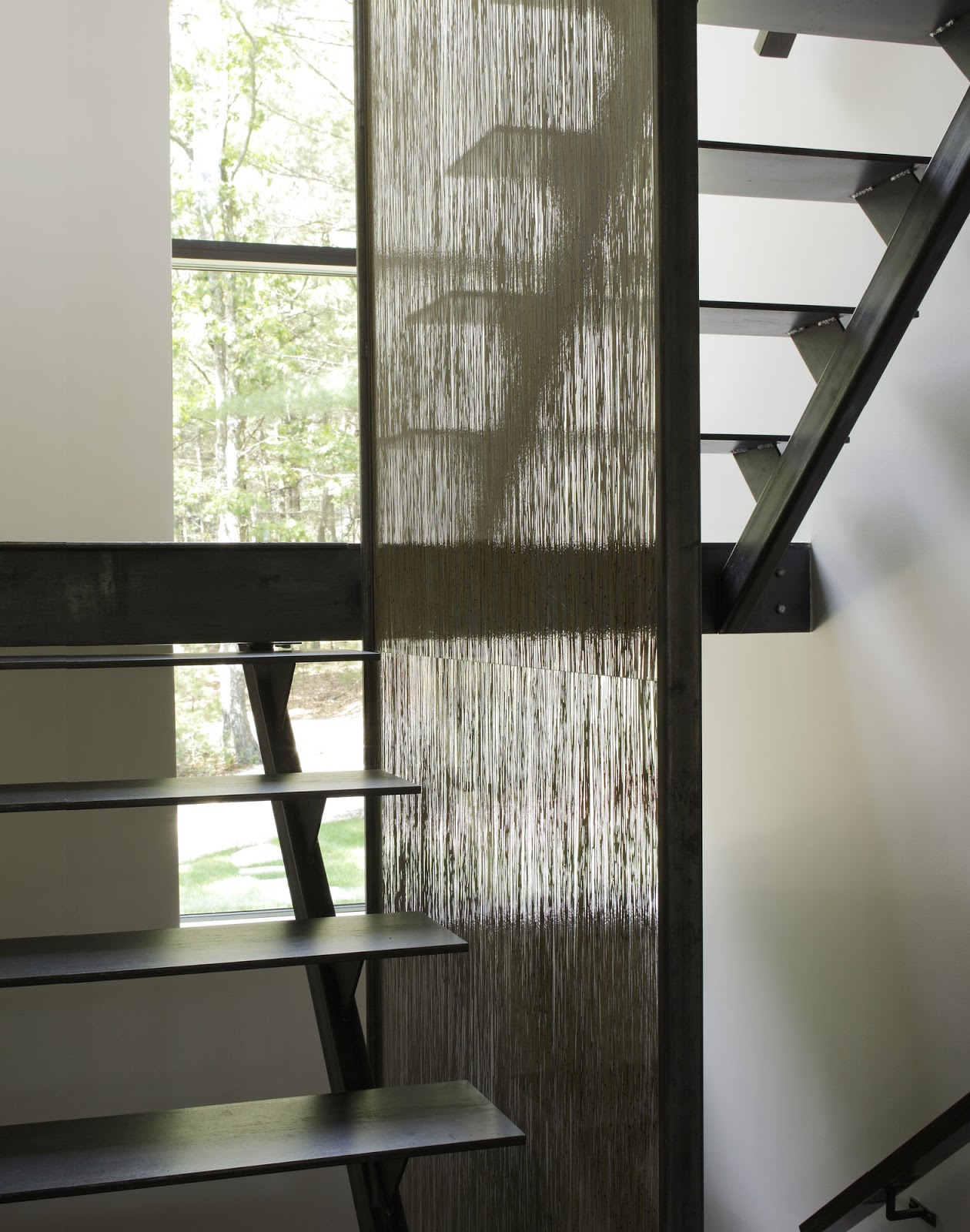 mẫu-cầu-thang-sắt