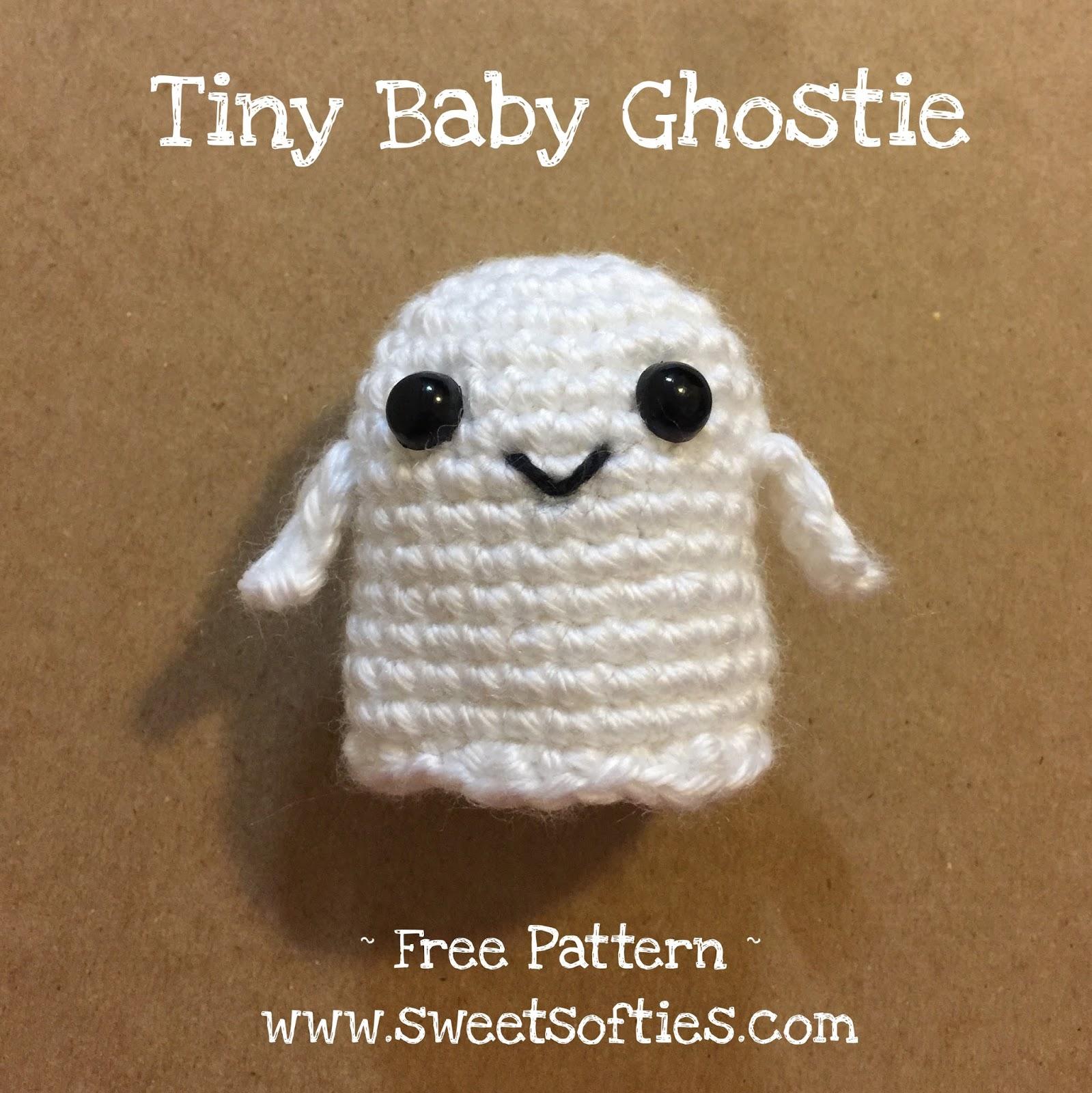 Crochet Pocket Ghost Free Pattern | 1600x1599