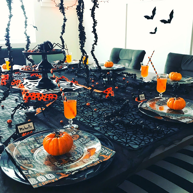 Black and Orange Halloween Party decorating ideas
