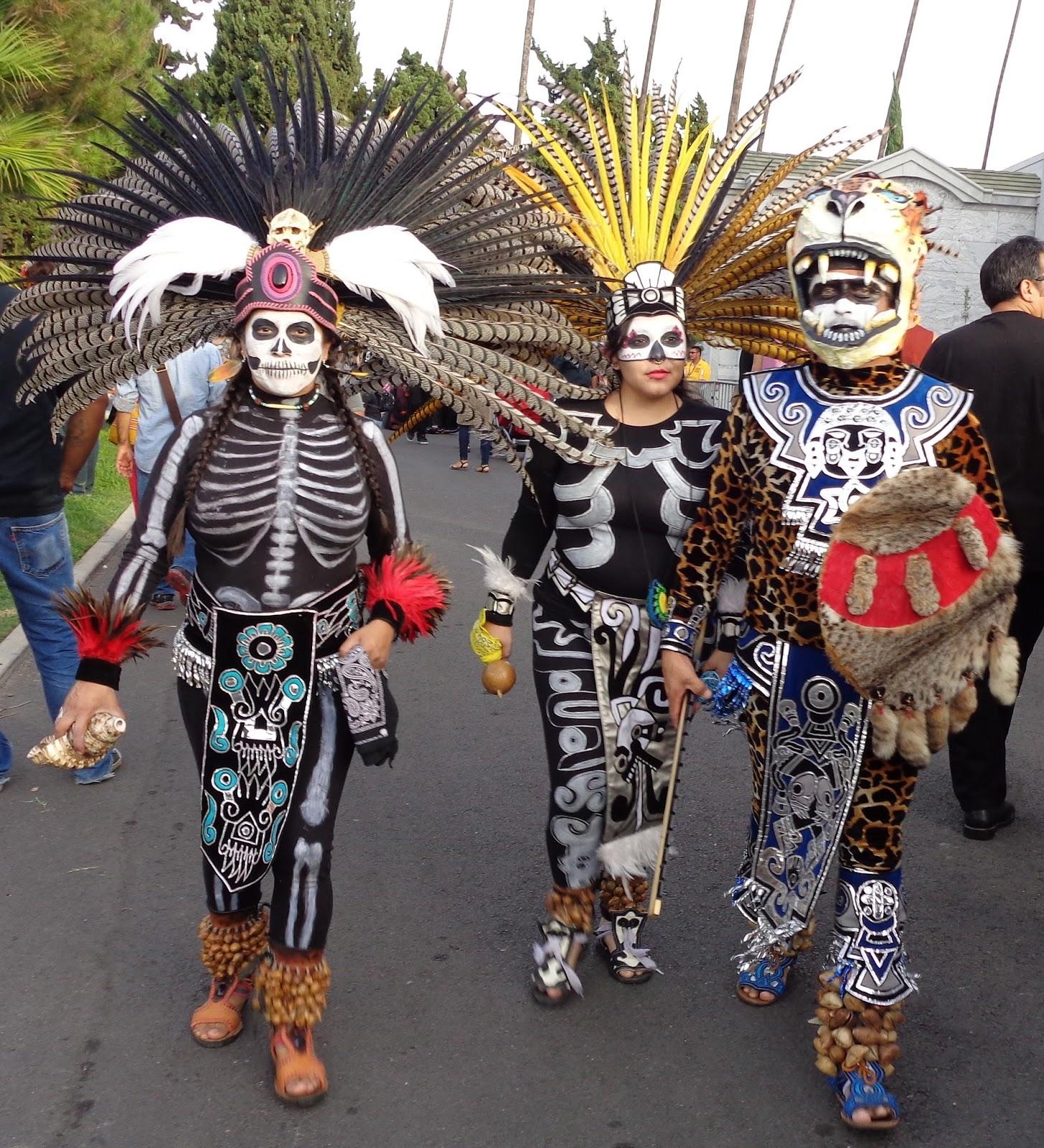 De Dia Los Mariachi Muertos Hollywood Cemetery