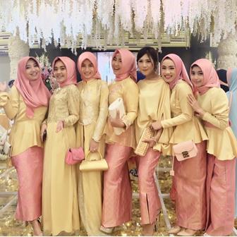 Model Kebaya Muslim Pesta Simpel Elegan