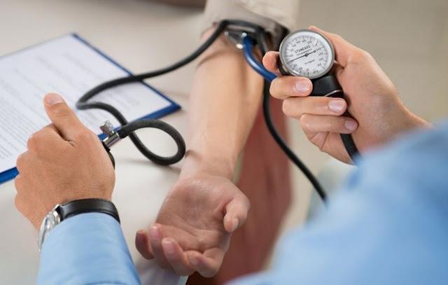 10 Cara Aman Menurunkan Darah Tinggi / Hipertensi