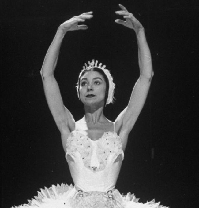 Foto de ballet blanco y negro