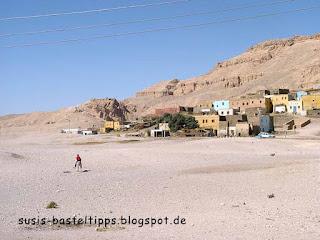 Weihnachtsfoto, Esel und Stadt in Ägypten, Foto von unabhängiger Stampin' Up! Demonstratorin Susanne McDonald