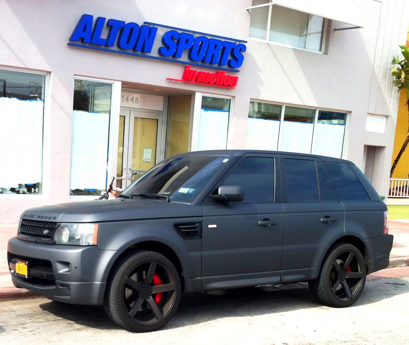 Matte Gray Range Rover Sport Supercharged