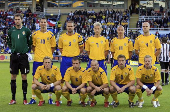 Formación de Suecia ante Chile, amistoso disputado el 2 de junio de 2006