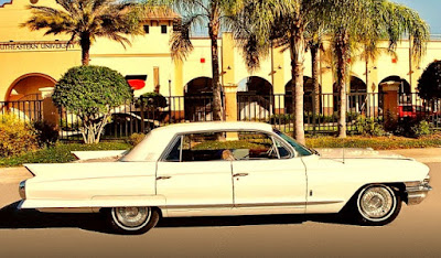 1962 Cadillac Fleetwood Sixty Side Right
