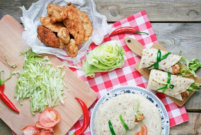 tortilla z naleśników, przekąska z kurczakiem, kolacja, co na imprezę, daylicooking