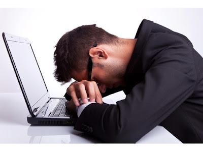 trabajar extra, falta de sueño, cansancio