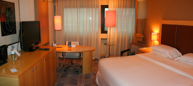 Room 7049, Sheraton Frankfurt Airport Hotel and Conference Center, Frankfurt, Germany
