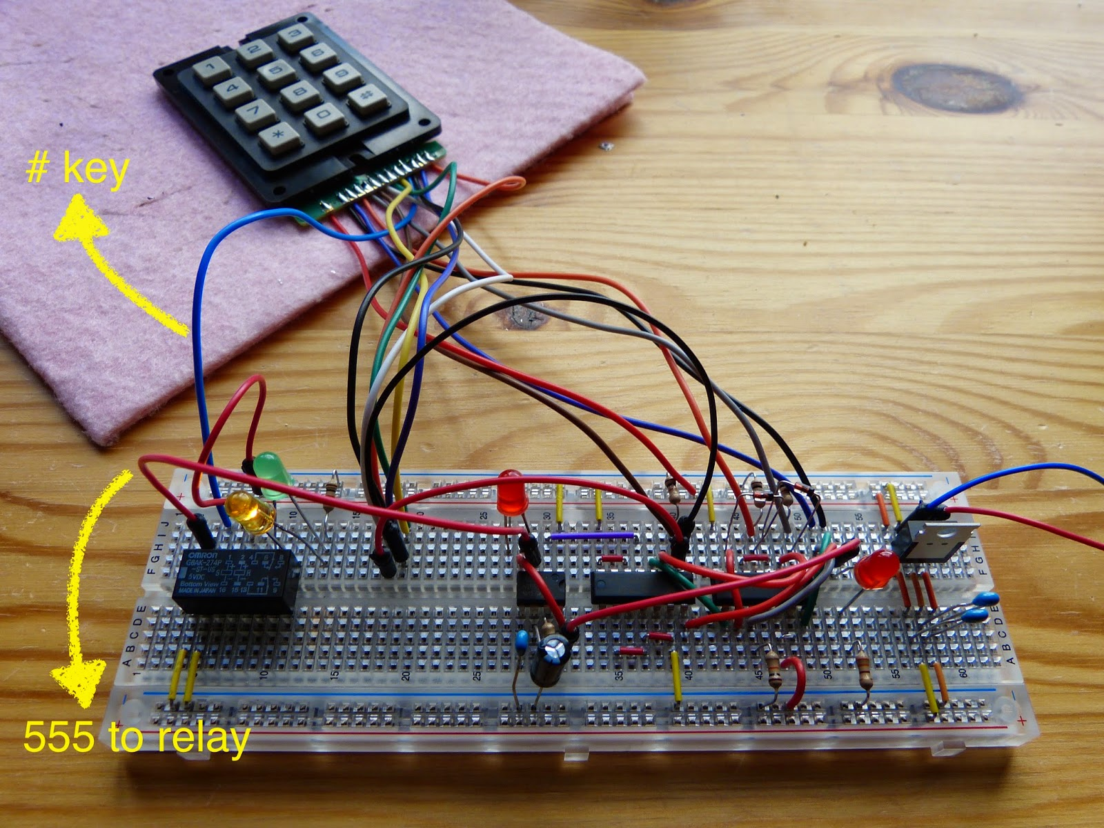 Electronics Archives Page 4 Of 6 Homehack 555 Bistable Breadboard Basic Toggle Circuit Built On The Yellow Arrows Indicate Wires From Hashtag Keypad And Output Timer To Relay