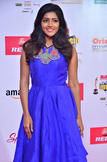 eesha at mirchi music awards 2017