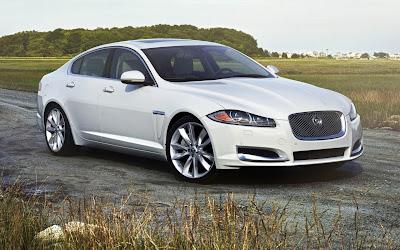 Jaguar XJ premium luxury sedan side look hd image