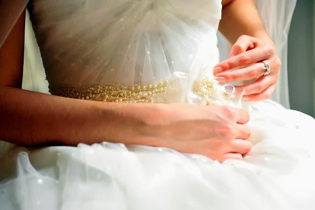Vestido de novia con dos colores