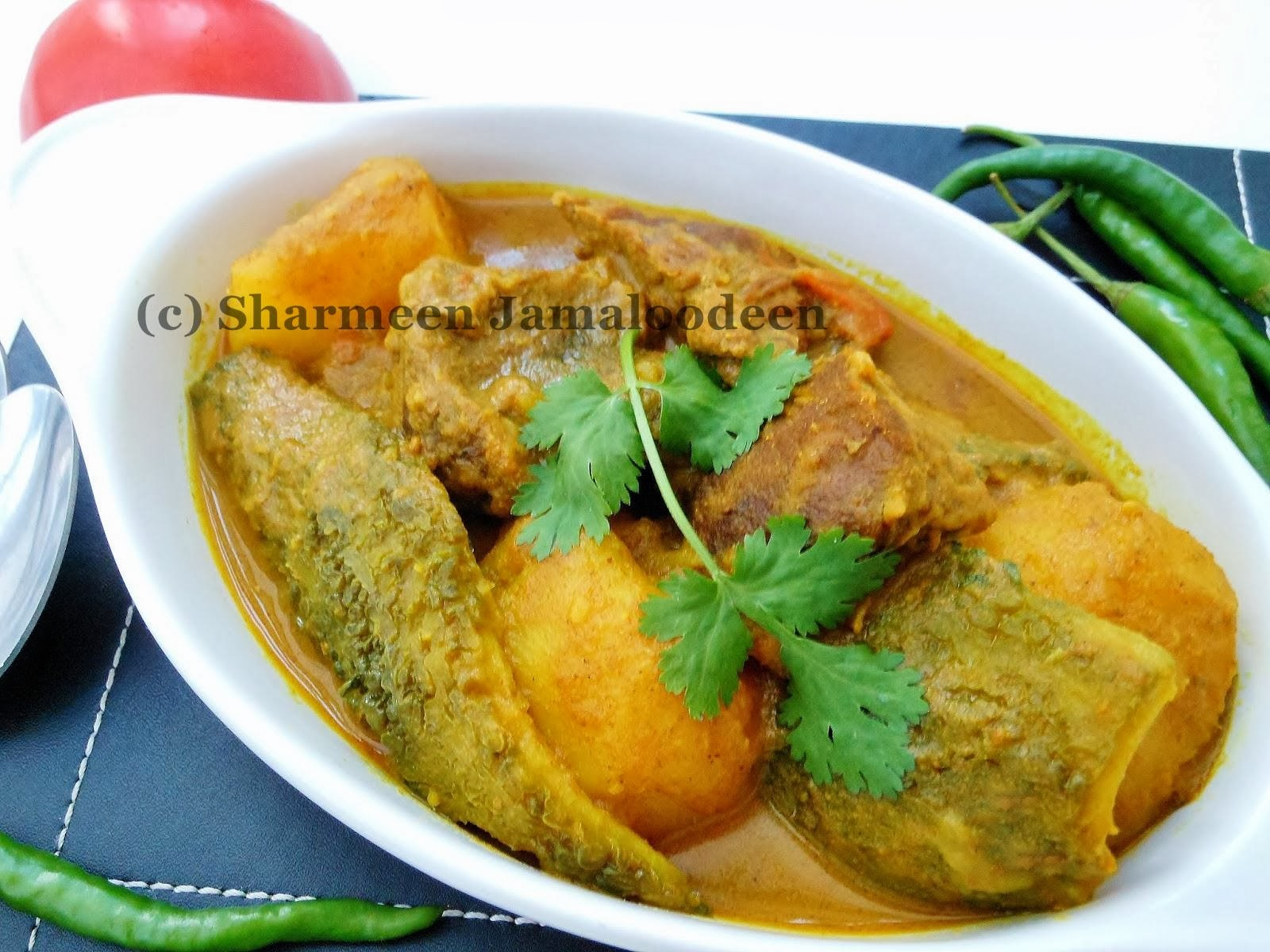 Confessions Of A Foodaholic Beef And Bitter Gourd Curry