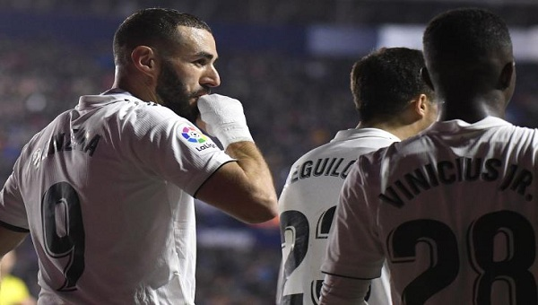 نجم ريال مدريد على أعتاب يوفنتوس