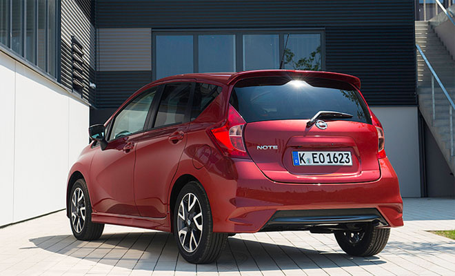 2014 Nissan Note rear view