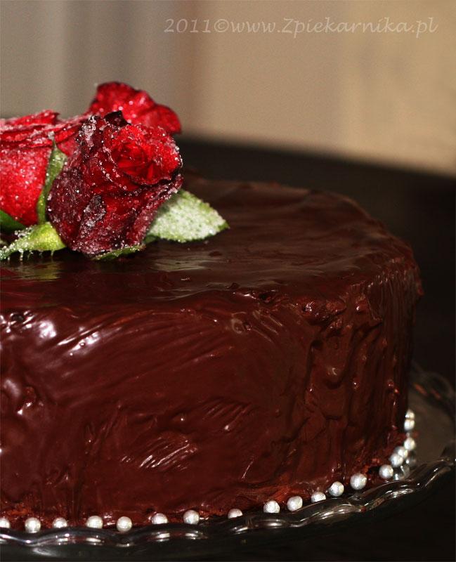 02730256a0a10a Tort na opak. Mocno czekoladowy z malinami. | Z PIEKARNIKA Daga Kulesza