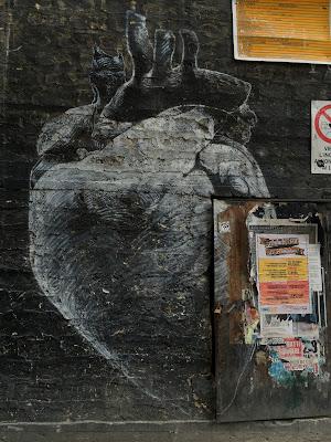 Palermo street art: heart
