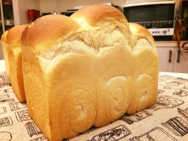 酸奶油吐司/ 吐司烘焙基礎/ 低溫水解麵糰-sour-cream-toast10