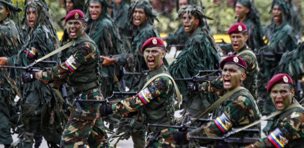Com fome, soldados trocam Exército venezuelano por qualquer 'bico'