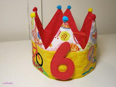 Corona d'aniversari feta a mà Enfilades.cat