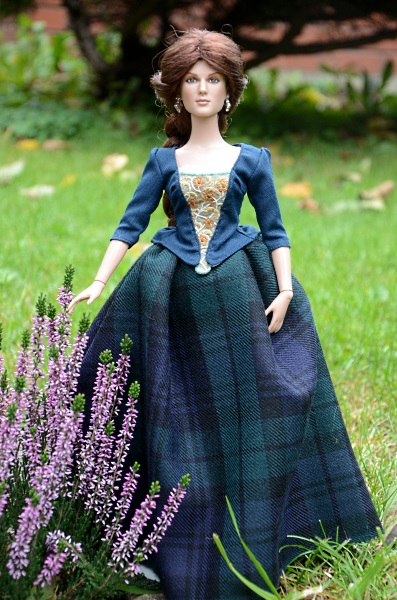 Claire Fraser doll.