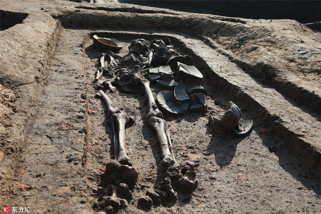 5,000 year old tombs unearthed in China's Jiangsu