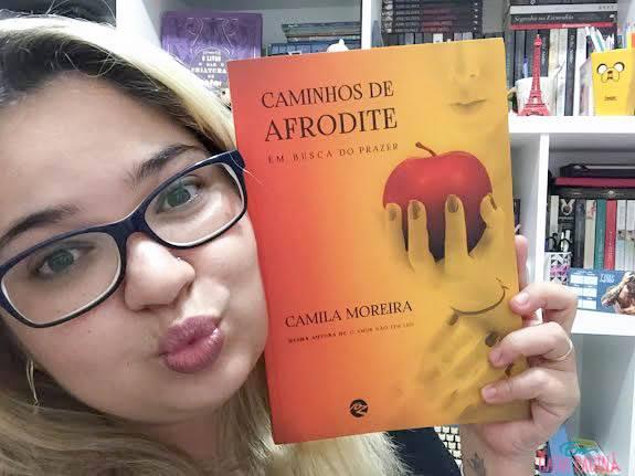 [Resenha] Caminhos de Afrodite | Camila Moreira