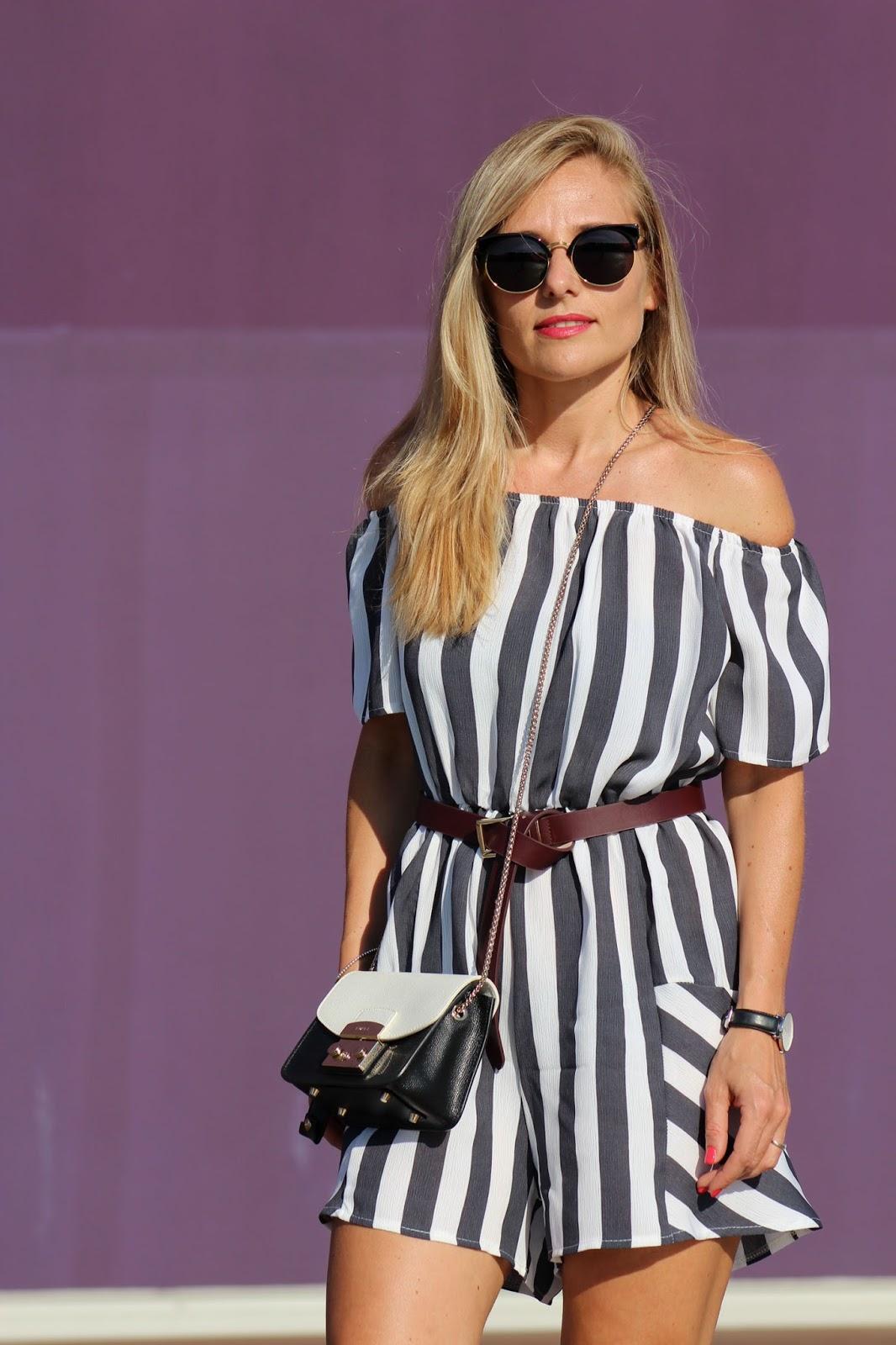 Eniwhere Fashion - Romper Zaful - Stripes