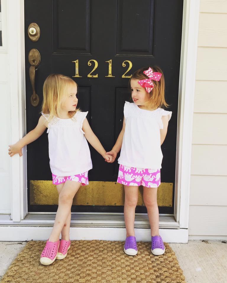 twin toddler leash one twin mom