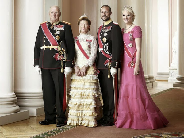 Queen Sonja, King Harald, Crown Prince Haakon, Crown Princess Mette-Marit