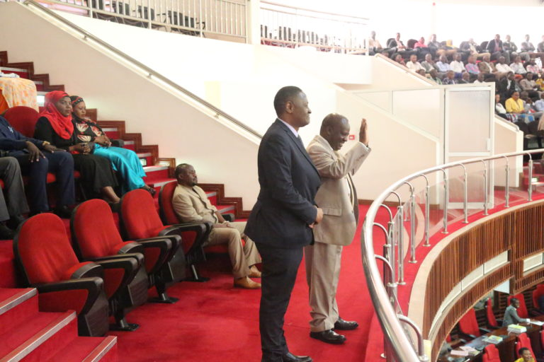 PICHA: Spika Ndugai Alivyokaa Viti vya Wageni na Kutambulishwa Kama Mgeni Bungeni