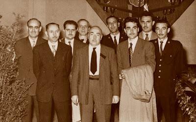 Algunos de los representantes del Ayuntamiento del Match Ayuntamiento de Barcelona - Diputación de Barcelona, 1954