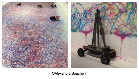à gauche, une oeuvre de Leonel Moura, robot Art, 2017. à droite, une oeuvre de  So Kanno & Takahiro Yamaguchi, Senseless Drawing Bot.